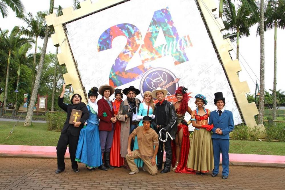 24º Aniversário do Parque Beto Carrero World